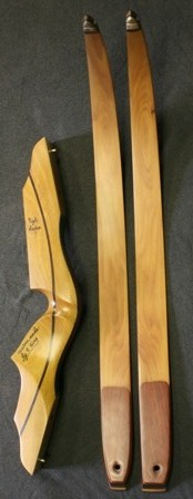Osage riser with canary/belly and osage/back limbs and deer antler tips
