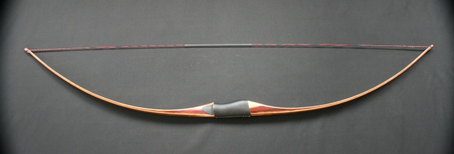 Strung Tranditional Long Bow legal to shoot at NFAA and IBO